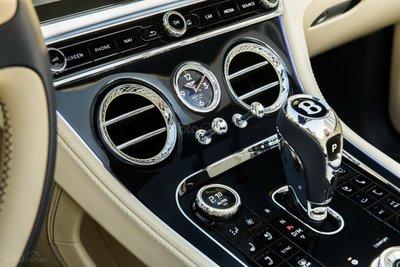 Bentley Continental GT 2020 khoe dáng - 8