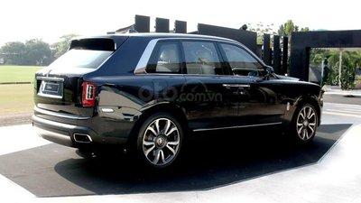 Rolls-Royce Cullinan 2019 thượng hạng