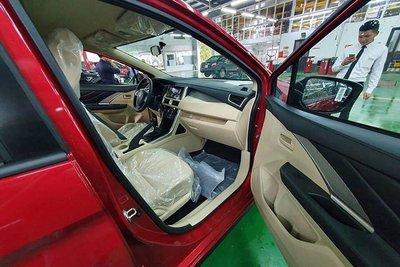 Mitsubishi Xpander có thêm bản màu đỏ về Việt Nam a6.