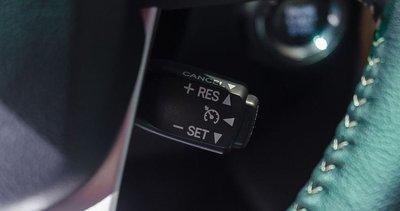 Cách sử dụng hệ thống Cruise Control để xe tiết kiệm nhiên liệu2aa