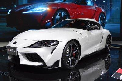 Toyota GR Supra sở hữu đường nét tương tự những mẫu xe thể thao quá khứ