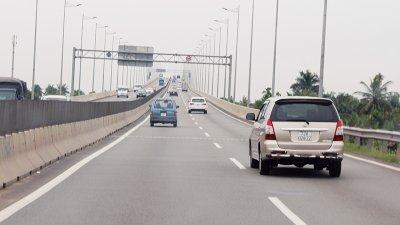 Sở hữu ô tô giúp bạn có những chuyến đi xa an toàn, tiện nghi hơn...