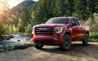 Chevrolet Silverado 2019 và GMC Sierra 2019 vẫn giữ bí mật về hiệu suất nhiên liệu