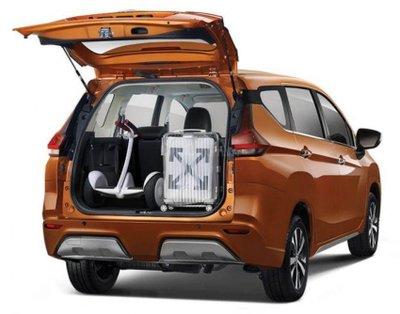 Ảnh Nissan Grand Livina nhập Indonesia sắp về Việt Nam 8a