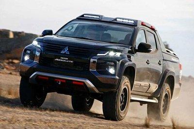 Ford có Ranger Raptor, Mitsubishi sẵn sàng 'chiến' bằng Triton Absolute a7.