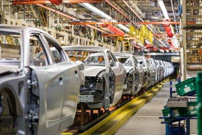 FCA điều chỉnh số lượng xe sản xuất phù hợp nhu cầu thị trường