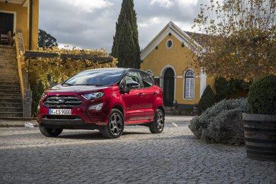 Ford chú ý hơn vào mảng xe thương mại tại Nga