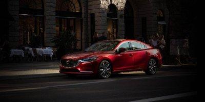 Mazda 6 2019 phiên bản màu đỏ số tự động
