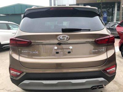 Khách hàng sắp sửa đón Hyundai Santa Fe 2019 'full option' về tay a4