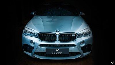 Chiêm ngưỡng BMW X6 M độ nội thất xanh - đen đẹp huyền bí 5