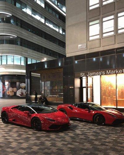 Lamborghini Huracan nạm 1,3 triệu viên pha lê