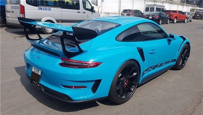 Bộ đôi Porsche 911 gần 40 tỷ được bàn giao cho đại gia đất Sài Thànhghdfh