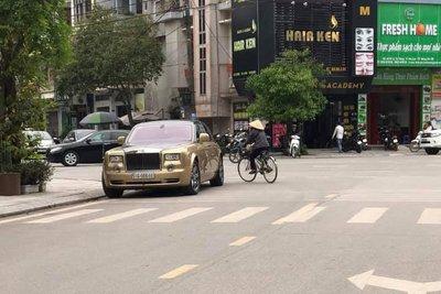 """Đổi chủ, Rolls-Royce Phantom vượt """"ngàn dặm"""" về đất Quan họjghj"""
