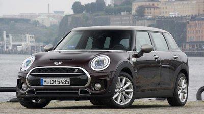 Top 10 mẫu xe có khoang nội thất rộng rãi đáng để mua