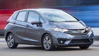 Top 10 mẫu xe có khoang nội thất rộng rãi đáng để muasgf