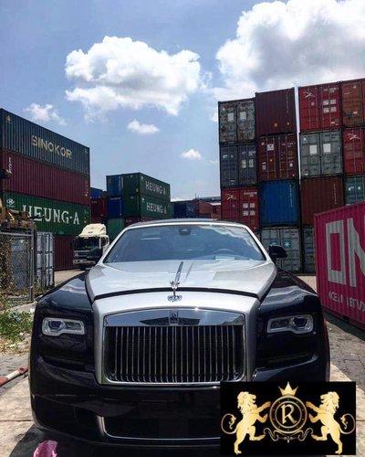 Rolls-Royce Ghost 2019 đầu tiên về Việt Nam, thay đổi nhẹ về thiết kếfgj