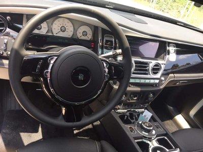 Rolls-Royce Ghost 2019 đầu tiên về Việt Nam, thay đổi nhẹ về thiết kếdfgh
