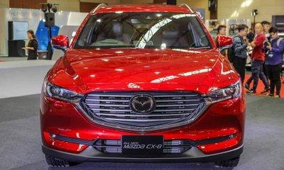 Mazda CX-8 2019 có giá đặt cọc tại đại lý từ 1,1 tỷ đồng, xác nhận bán ra thị trường trong tương lai gần.