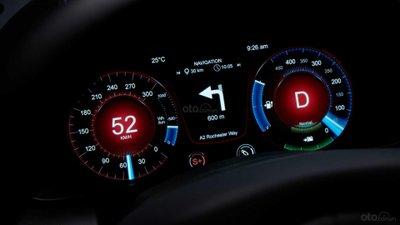 Aston Martin Rapide E 10