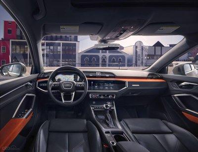 Audi Q3 2019.