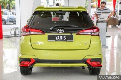 đuôi xe Toyota Yaris 2019