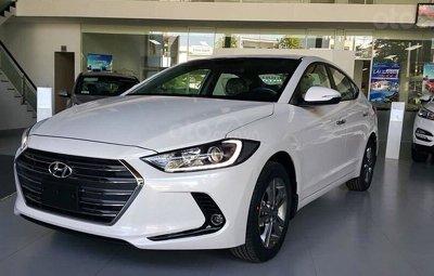 5 mẫu sedan hạng C giá rẻ bán chạy nhất thị trường ô tô Việtsdfg