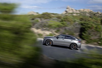 Mercedes-AMG GLC 63 Coupe thân xe