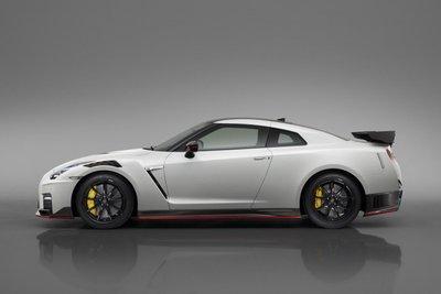 Nissan GT-R Nismo 2020 nâng cấp nhẹ nhưng hiệu quả hơn 23