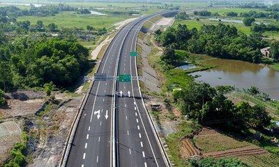 Giải đáp những thắc mắc trên đường cao tốc của tài xế Việtsg