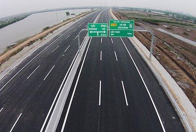 Giải đáp những thắc mắc trên đường cao tốc của tài xế Việtrfh