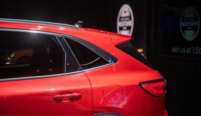 [New York 2019] Ford Escape 2020 chính thức ra mắt, bán ra vào mùa thu - Ảnh 2.