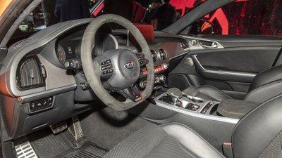[New York 2019] Kia Stinger GTS 2020 mang đến cảm giác lái đặc biệt