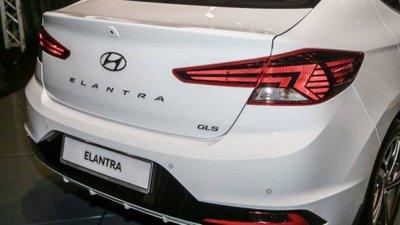Hyundai Elantra 2019 ra mắt Đông Nam Á, rút ngắn ngày về Việt Nam? a3
