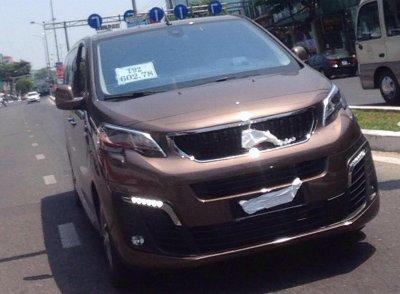 Peugeot Traveller xuất hiện trên phố, cận ngày ra mắt Việt Nam a1