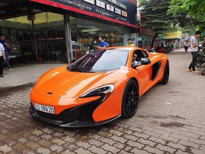 McLaren 650S Spider biển Sài Gòn bất ngờ xuất hiện tại Hà Nội, rất giống của Minh Nhựa