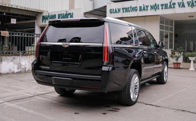 Cadillac Escalade ESV 2019 nhập khẩu tư nhân vào Việt Nam giá hơn 10 tỷ đồng - Ảnh 2.