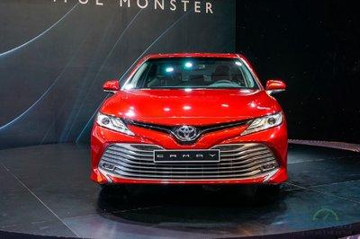 Loạt nâng cấp mới trên Toyota Camry mới nhất 2019.