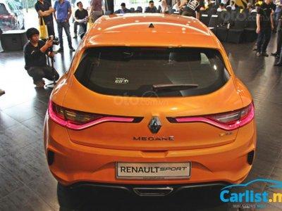 Renault Megane R.S. sở hữu nhiều chi tiết bắt mắt