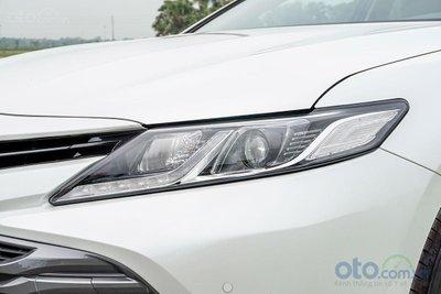 Cụm đèn pha Toyota Camry 2.0G 2019...