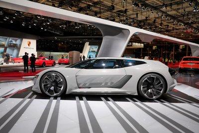 Audi muốn khai tử R8, thay bằng Audi e-tron GTR? 5
