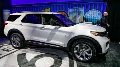 Ford Explorer 2020 chốt giá tại Mỹ, ngốn 1,5 tỷ đồng cho bản cao cấp nhất