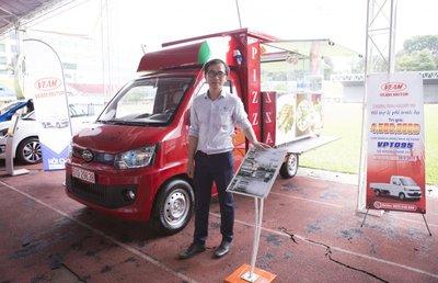 Sáng nay, Hội chợ Oto.com.vn lần đầu tiên chính thức khai mạc tại Sân vận động Quân khu 7- Ảnh 12.