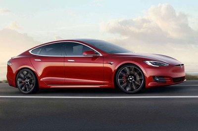 Tesla Model S 2019 đứng đầu Top 10 xe điện giữ giá nhất khi sang tay.