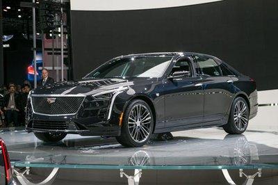 Top 10 ô tô tốt nhất năm 2019: Cadillac CT6 Luxury 2019.