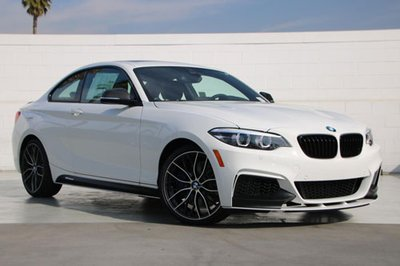 Top 10 ô tô tốt nhất năm 2019: BMW M240i 2019.