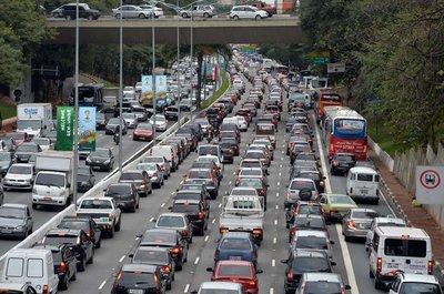 Tắc đường kinh hoàng ở São Paulo .