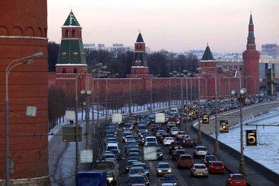 Tắc đường kinh hoàng ở Moscow và St. Petersburg.