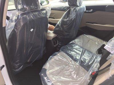 Cửa gió điều hoà hàng ghế sau trên Hyundai Accent nâng cấp