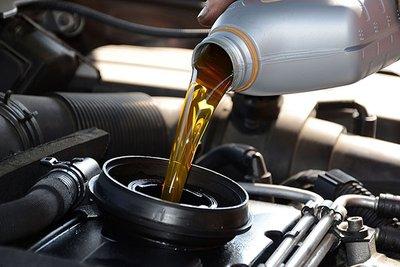 Bảo dưỡng ô tô trước hành trình dài a1