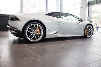 """Lamborghini Huracan """"hàng lướt"""" giá 11,5 tỷ tại Việt Nam đã tìm thấy chủ a8"""
